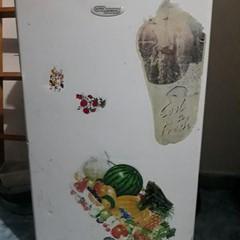 small fridge (100aed)